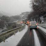 zvw52プリウスphv今年に入ってあまり乗れません。雪ばっかりですもの。早く来い!春よ来い!!